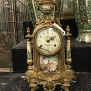 ORNATE GILT CLOCK