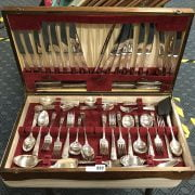 CANTEEN OF CUTLERY (12 PIECE SETTING)