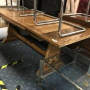 EXTENDING OAK REFECTORY TABLE IN GOOD CONDITION - LENGTH 160CM EXTENDS TO 220CM X WIDTH 82CM
