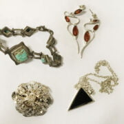 SILVER NATIVE AMERICAN STYLE NECKLACE, SILVER CONCORDER PENDANT & SILVER & NICE JEWELLERY