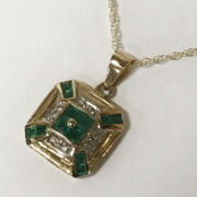 9CT GOLD DIAMOND & EMERALD PENDANT ON CHAIN