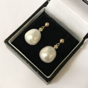 9CT GOLD LARGE SOUTH SEA PEARL EARRINGS