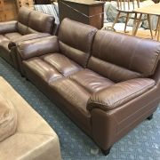 LLOYD SCS 3 SEATER & 2 SEATER BROWN LEATHER SOFAS