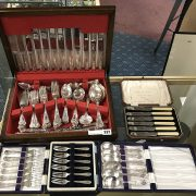 CANTEEN OF CUTLERY & OTHER CASED CUTLERY