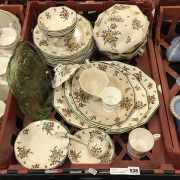 TRAY OF ROYAL DOULTON ''OLD LEEDS SPRAYS''
