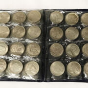 SELECTION OF SOUVENIR AND COMMEMORATIVE COINS