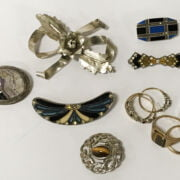 FIVE GOLD RINGS & SOME SILVER JEWELLERY - 13 GRAMS OF GOLD