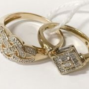 TWO 9CT GOLD & DIAMOND RINGS - SIZE R & SIZE L