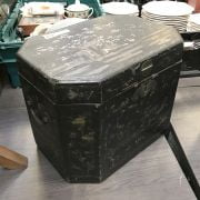 MOTHER OF PEARL CHINESE BOX - 37 X 26 X 29 CMS