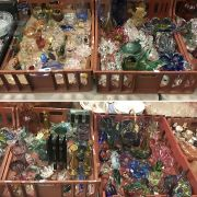 FOUR TRAYS OF VARIOUS CRYSTALWARE & GLASS