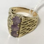 14CT GOLD 3 STONE RING - SIZE K APPROX 7.2GRAMS
