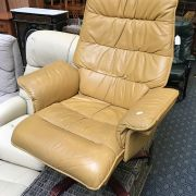 LEATHER STRESSLESS STYLE CHAIR