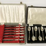 CASED SILVER SPOONS & SILVER HANDLED KNIVES